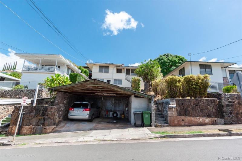 2052 St Louis Drive, Honolulu, HI 96816