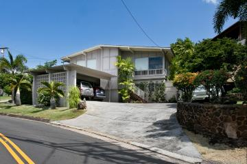 1399 St Louis Drive, Honolulu, HI 96816
