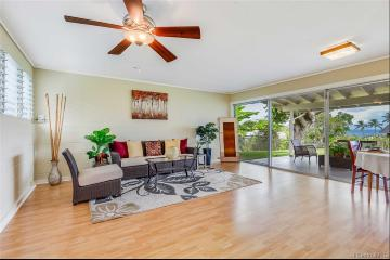 Upcoming 5 of bedrooms 2.5 of bathrooms Open house in Kaneohe on 10/25 @ 2:00PM-5:00PM listed at $850,000