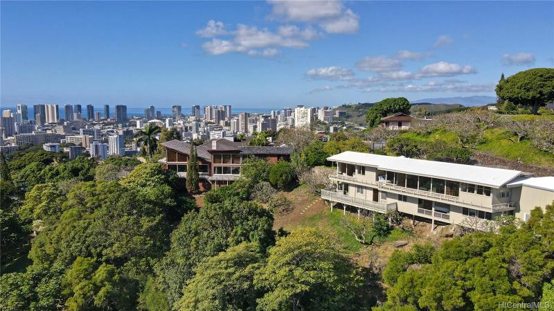 2155 Puualii Place, Honolulu, HI 96822