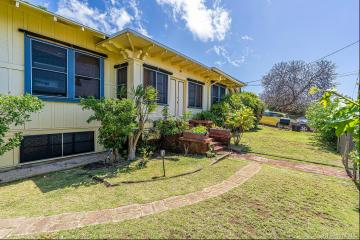 1049 12th Avenue, Honolulu, HI 96816
