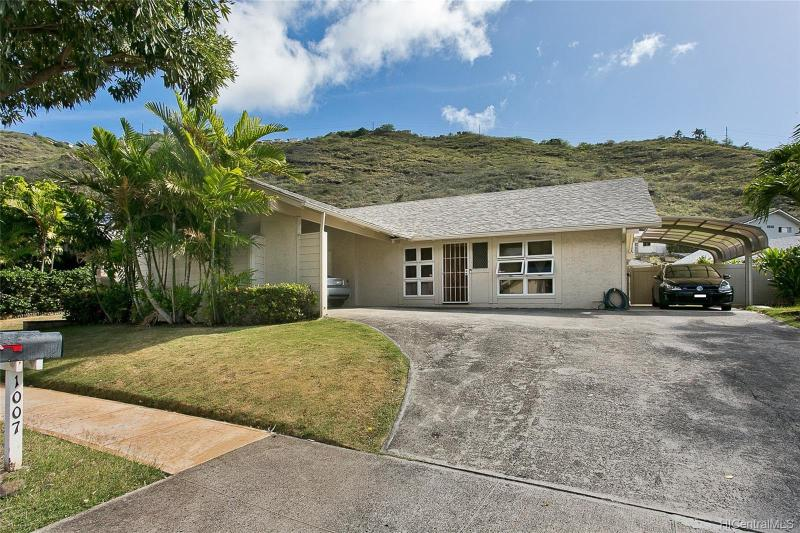 1007 Lunalilo Home Road, Honolulu, HI 96825