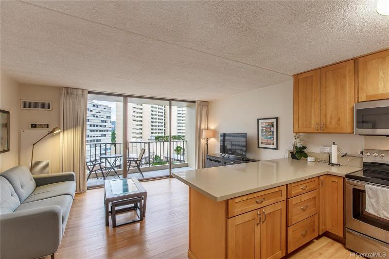 411 Hobron Lane, 809, Honolulu, HI 96815