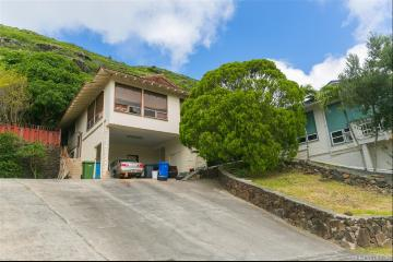 6001 Elelupe Place, Honolulu, HI 96821