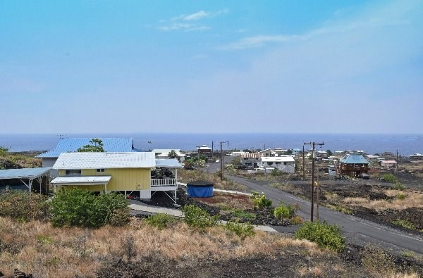 880198 Aoao Ave, Captain Cook, HI 96704
