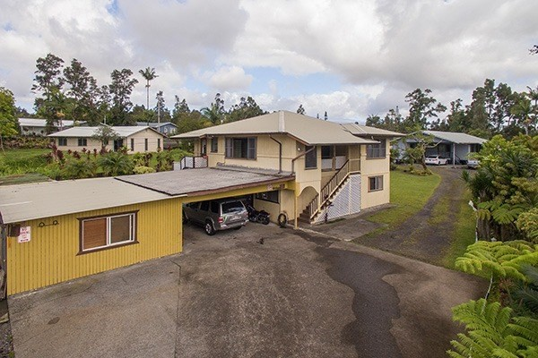 266 Country Club Dr, Hilo, HI 96720