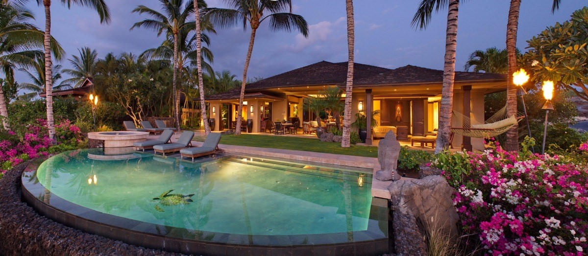 5 of bedrooms 5 of bathrooms Luxury Listing in North Kona