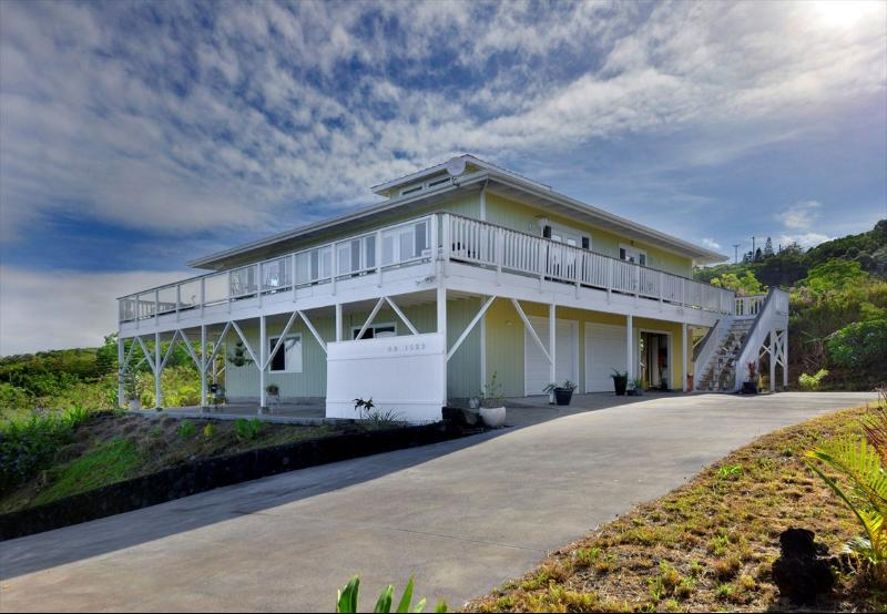 88-1522 Awapuhi Ave, Captain Cook, HI 96704