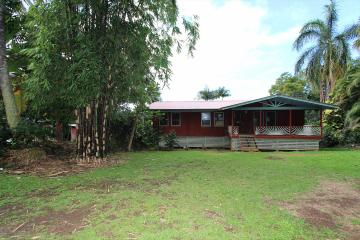82-1095-D Kinue Rd, Captain Cook, HI 96704
